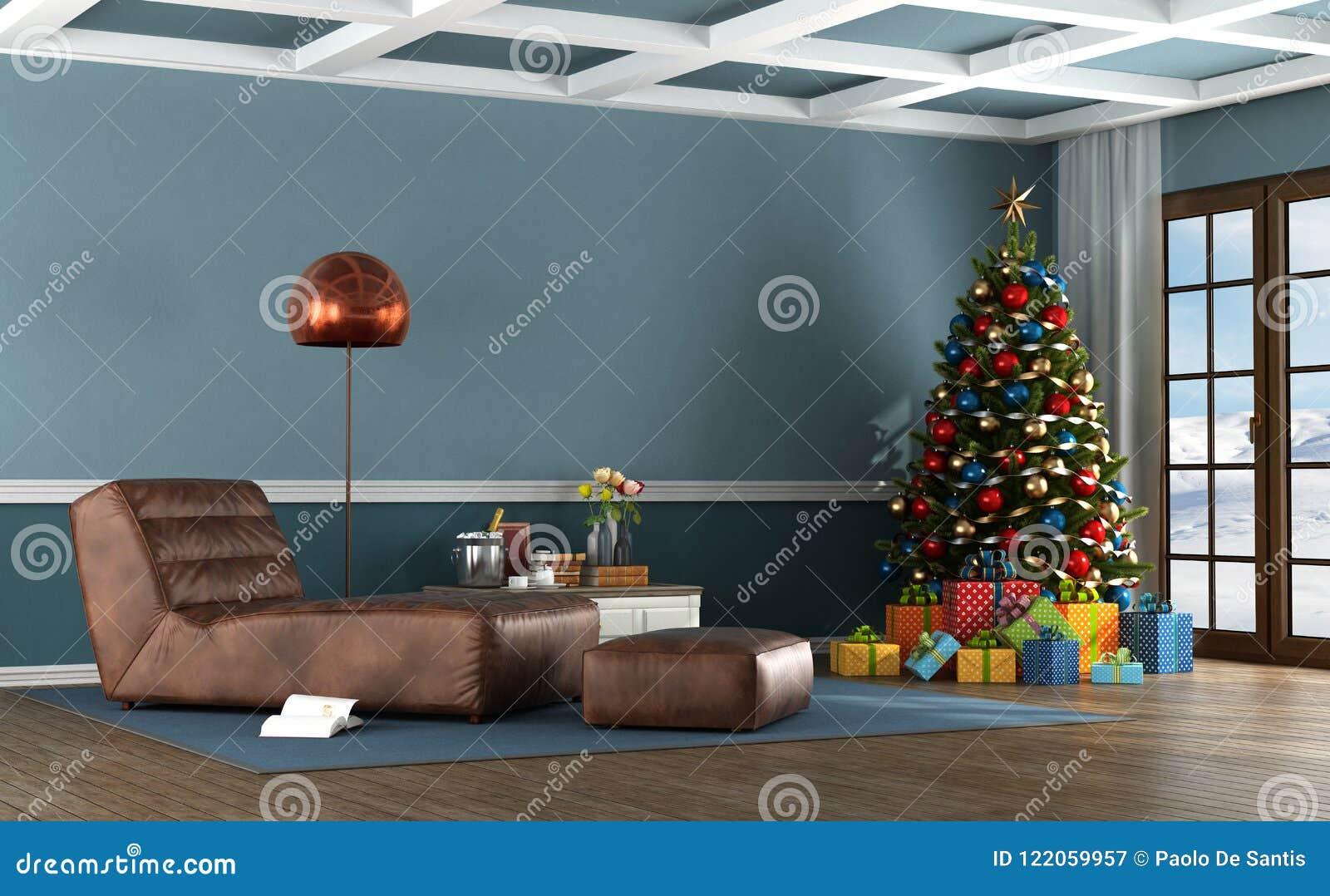Живущая комната дома горы с рождественской елкой