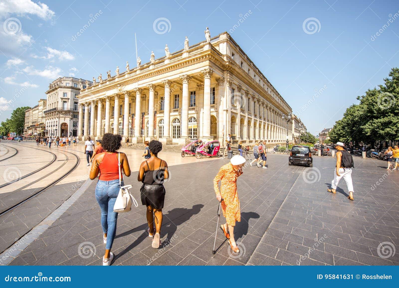 Жизнь в городе Бордо