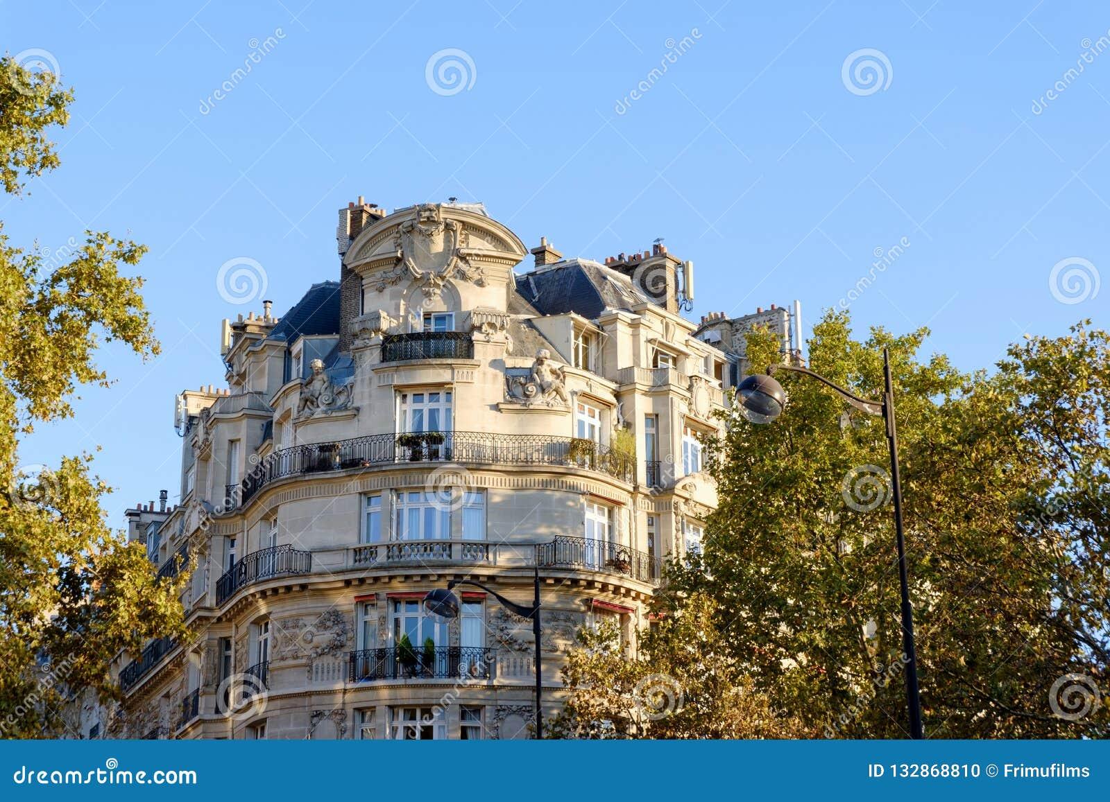 Жилой дом в стиле барокко