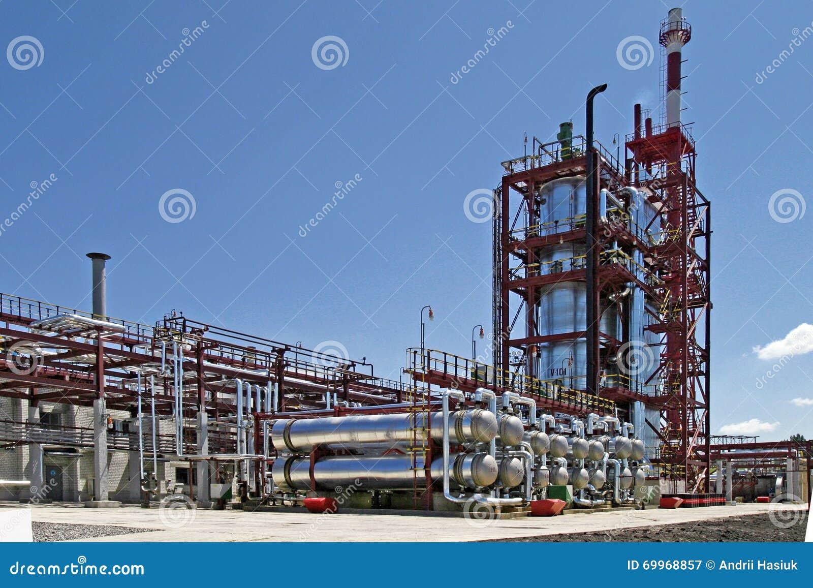 Завод по обработке масла