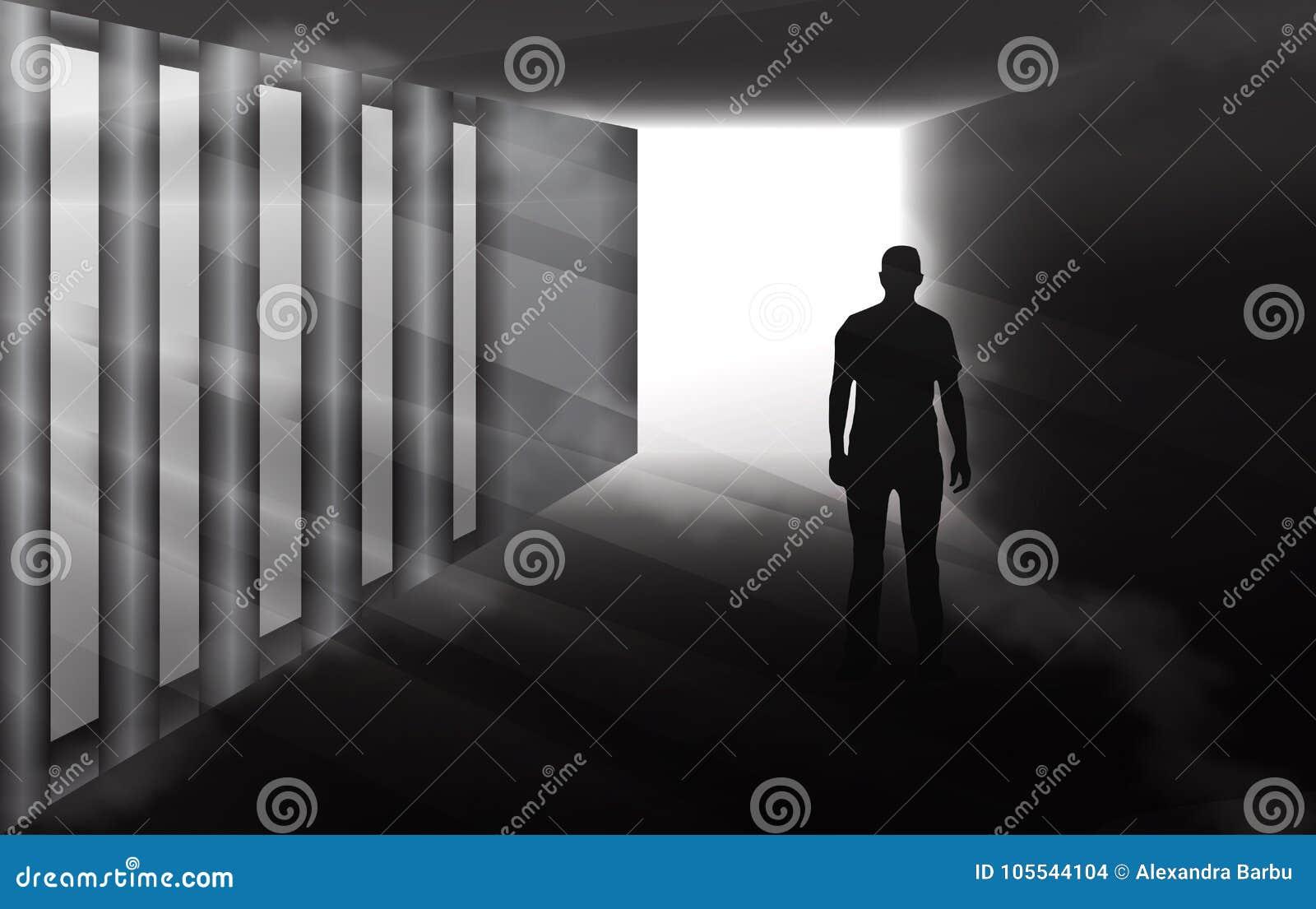 Загадочный силуэт человека в туманном тоннеле