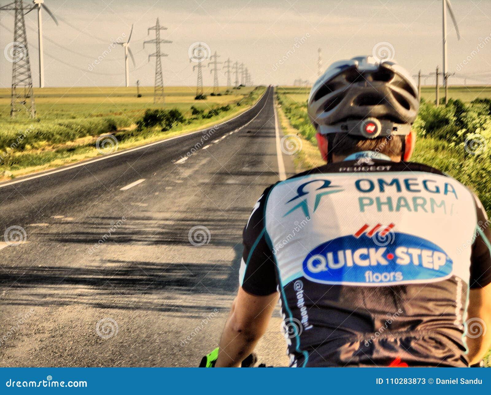 Задействуя бесконечная дорога через ветрянки