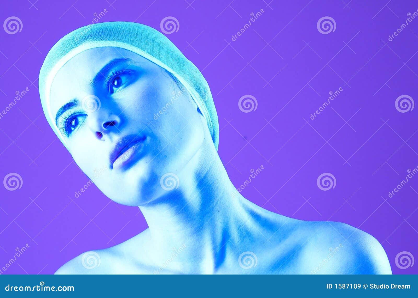 задумчивый пурпур портрета