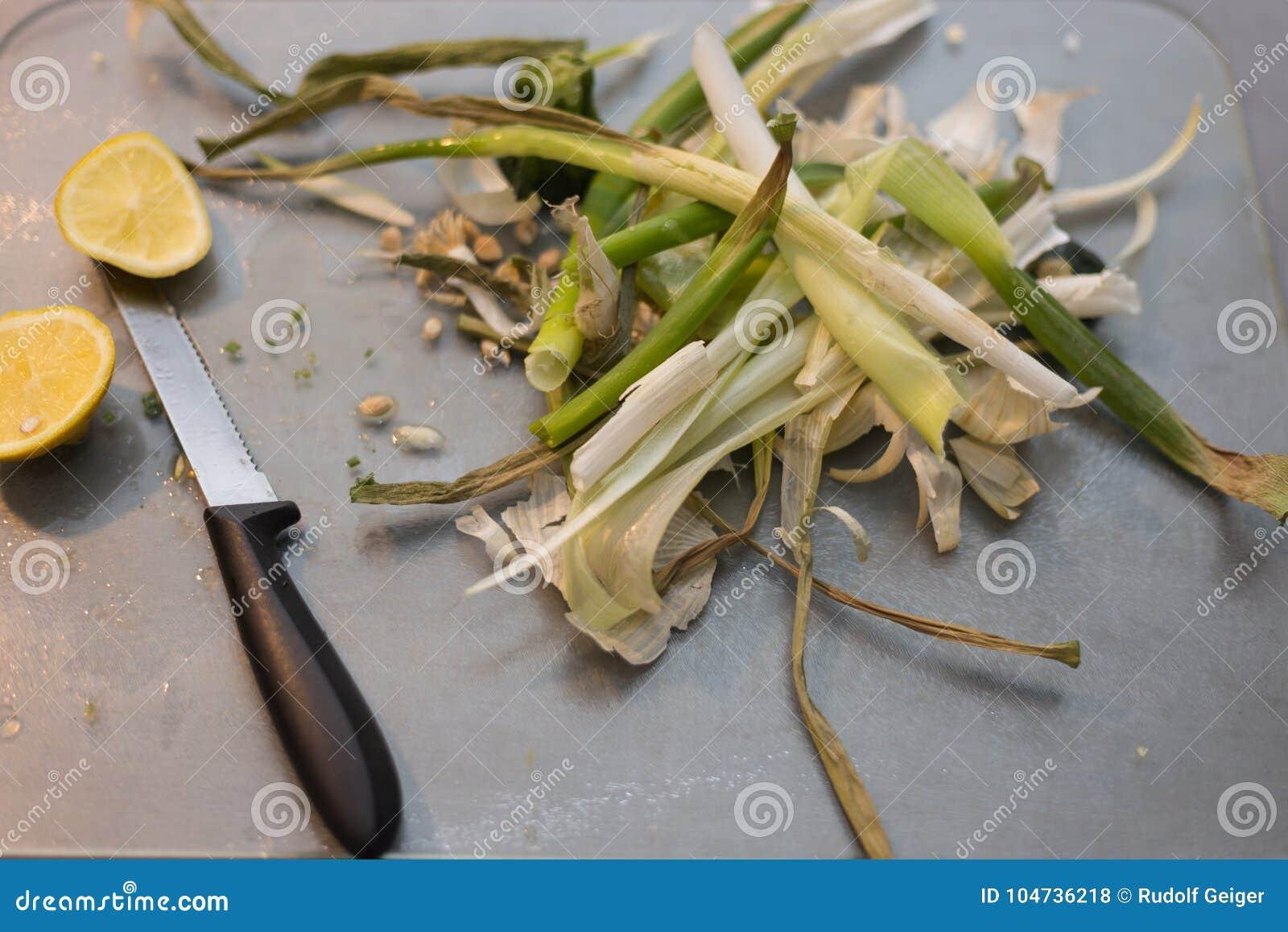 Зажаренная паприка с касанием подготовки чеснока и лимона