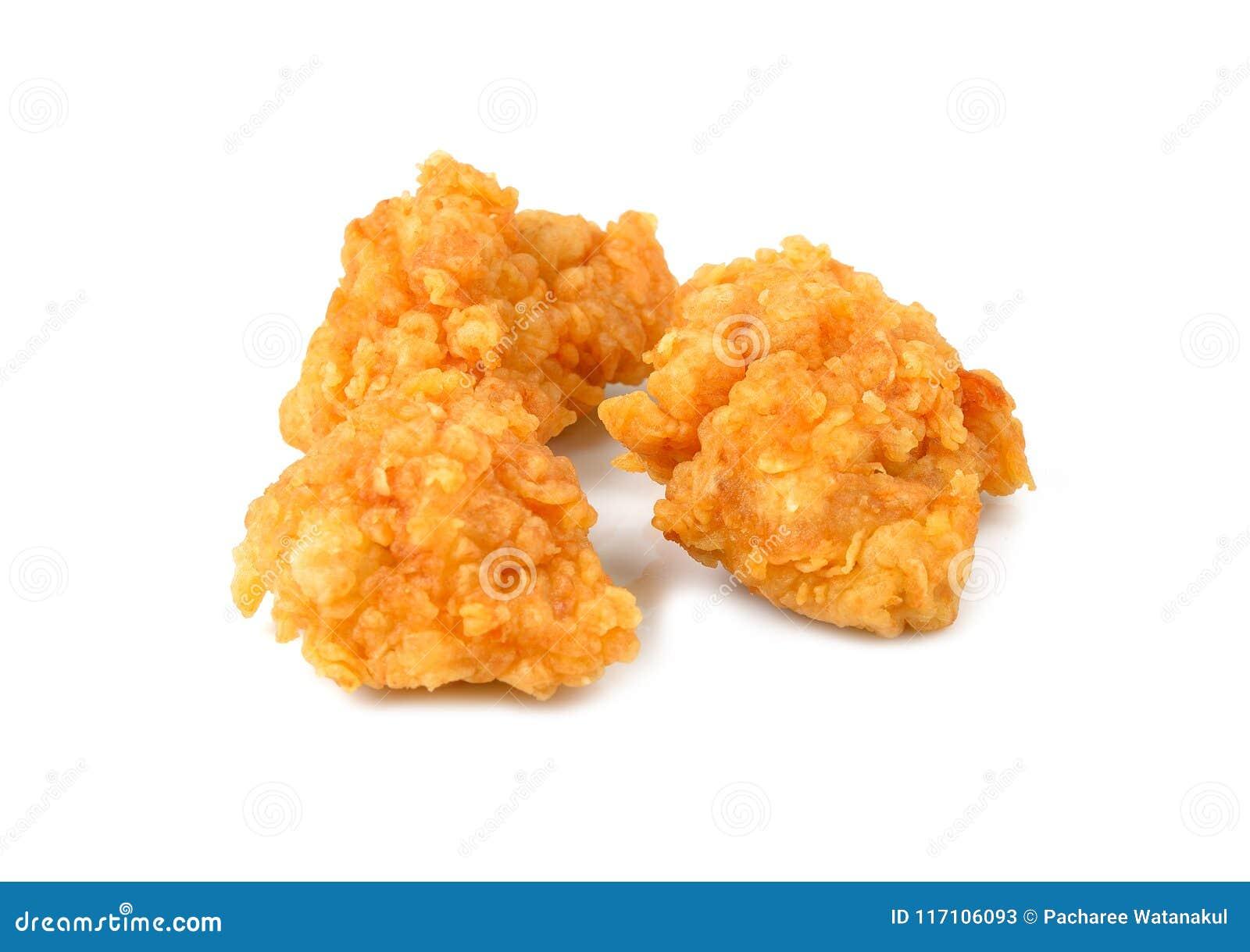 Зажаренный изолированный цыпленок попкорна
