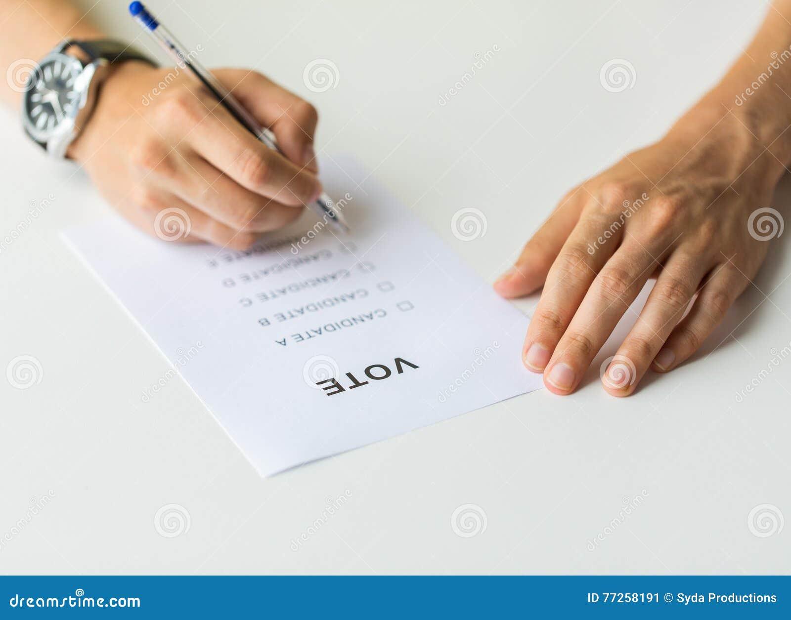 Закройте вверх рук с голосованием или баллотируйте на избрании