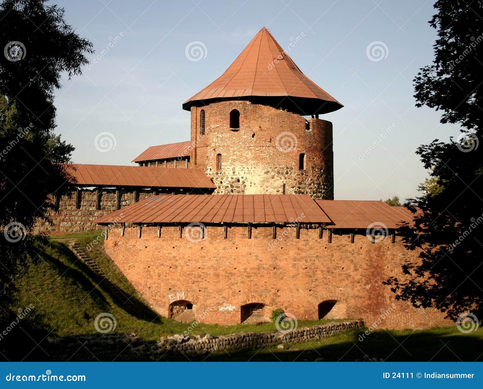 замок старый
