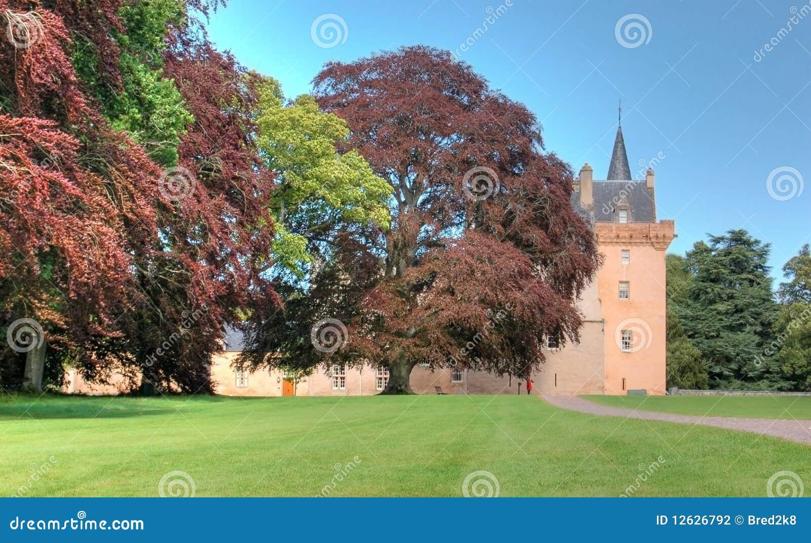 замок Шотландия brodie