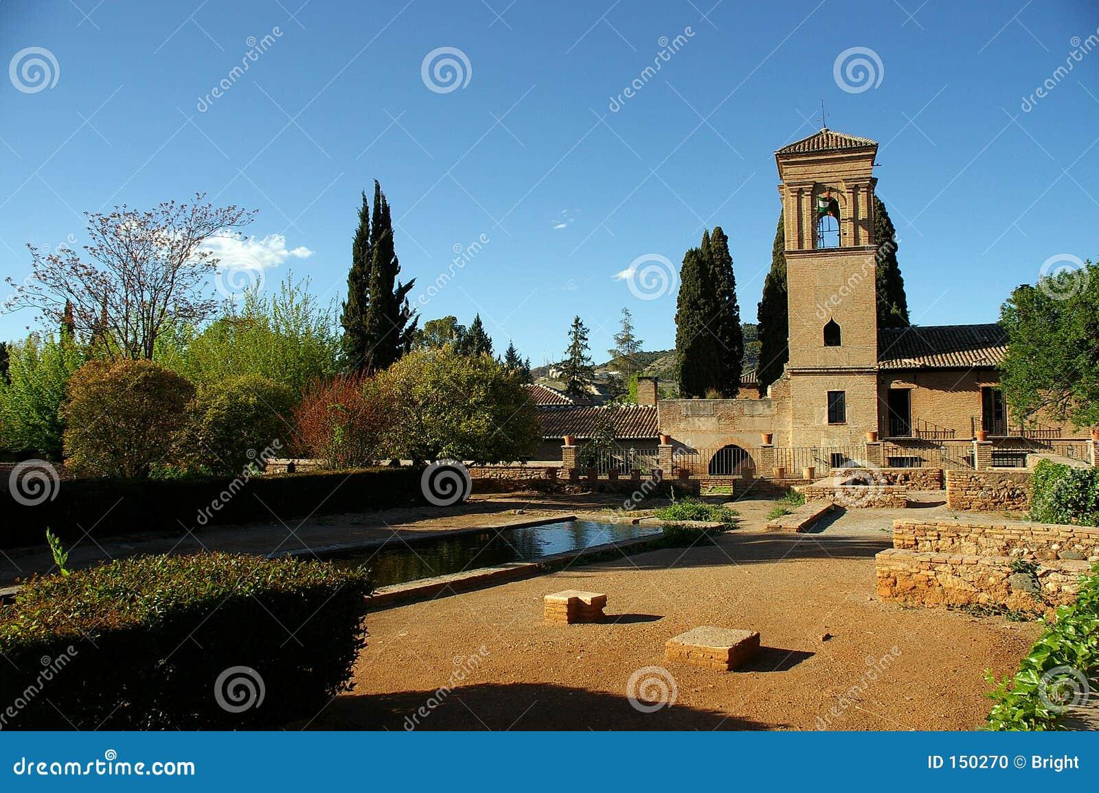 замок alhambra