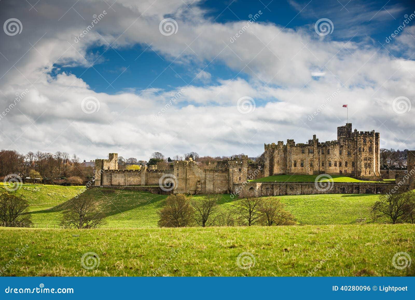 Замок Alnwick, Нортумберленд