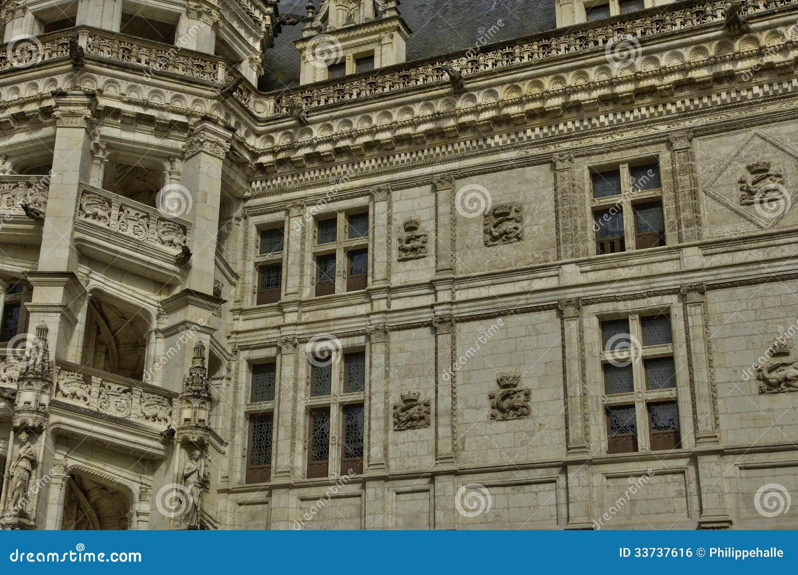 Замок Blois в Луаре et Шере