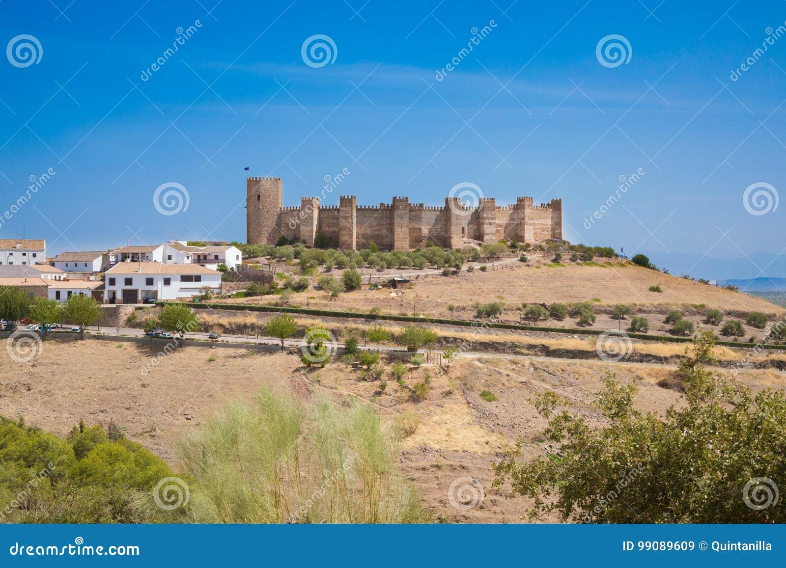 Замок Burgalimar в Ла Encina Banos de