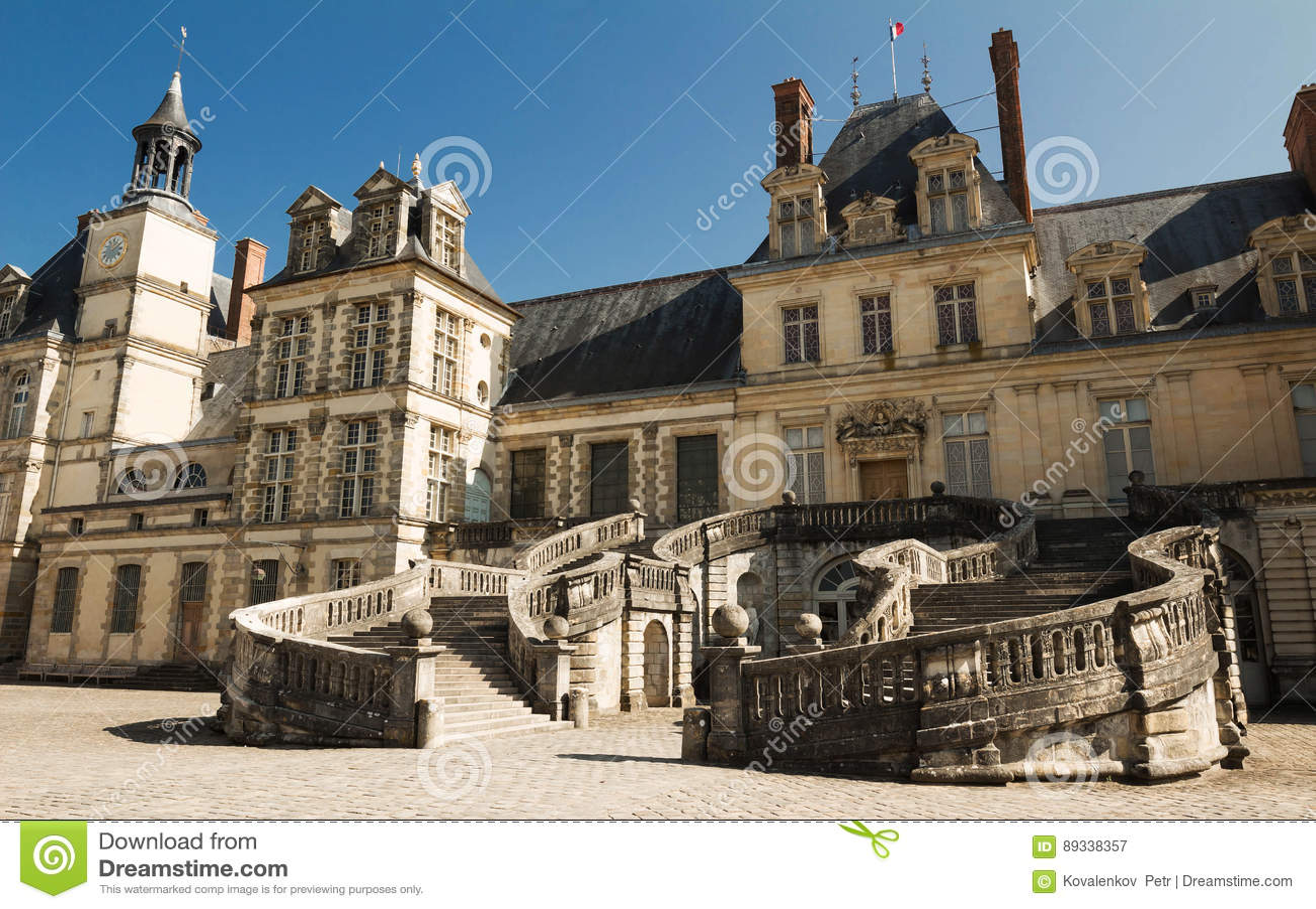 Замок de Фонтенбло, Франция