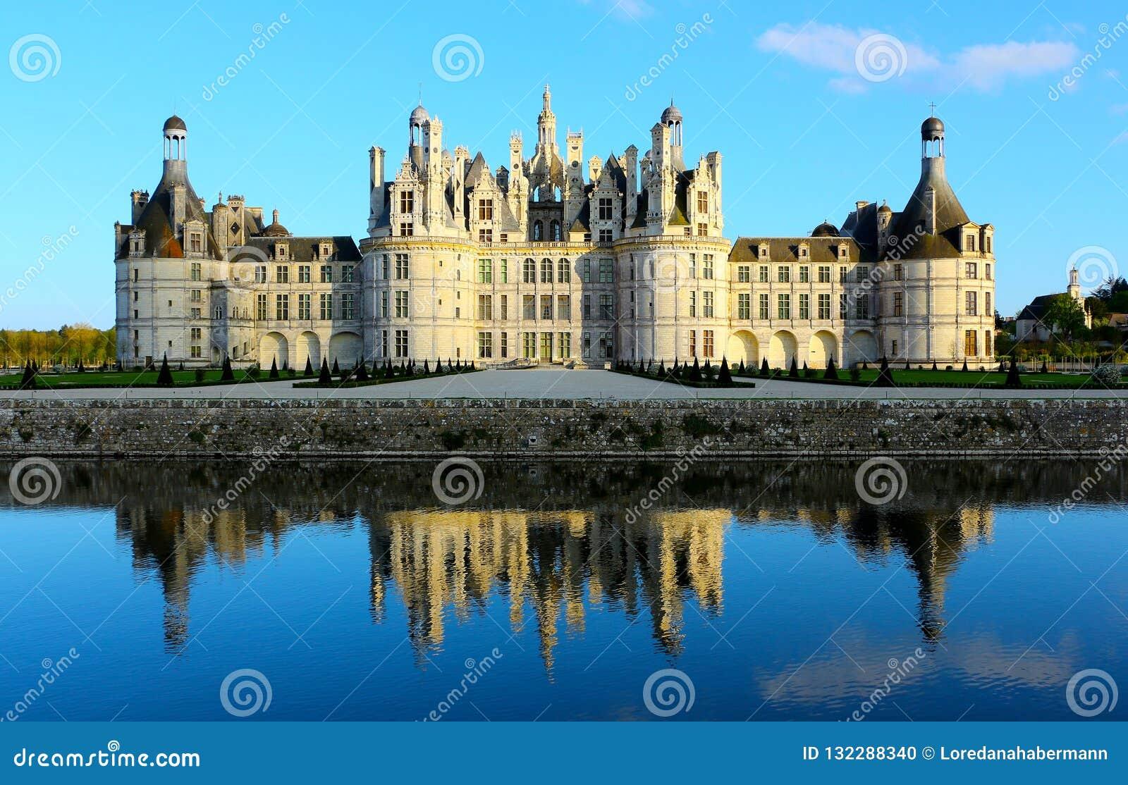 Замок de Chambord самый большой замок в Loire Valley, Франции