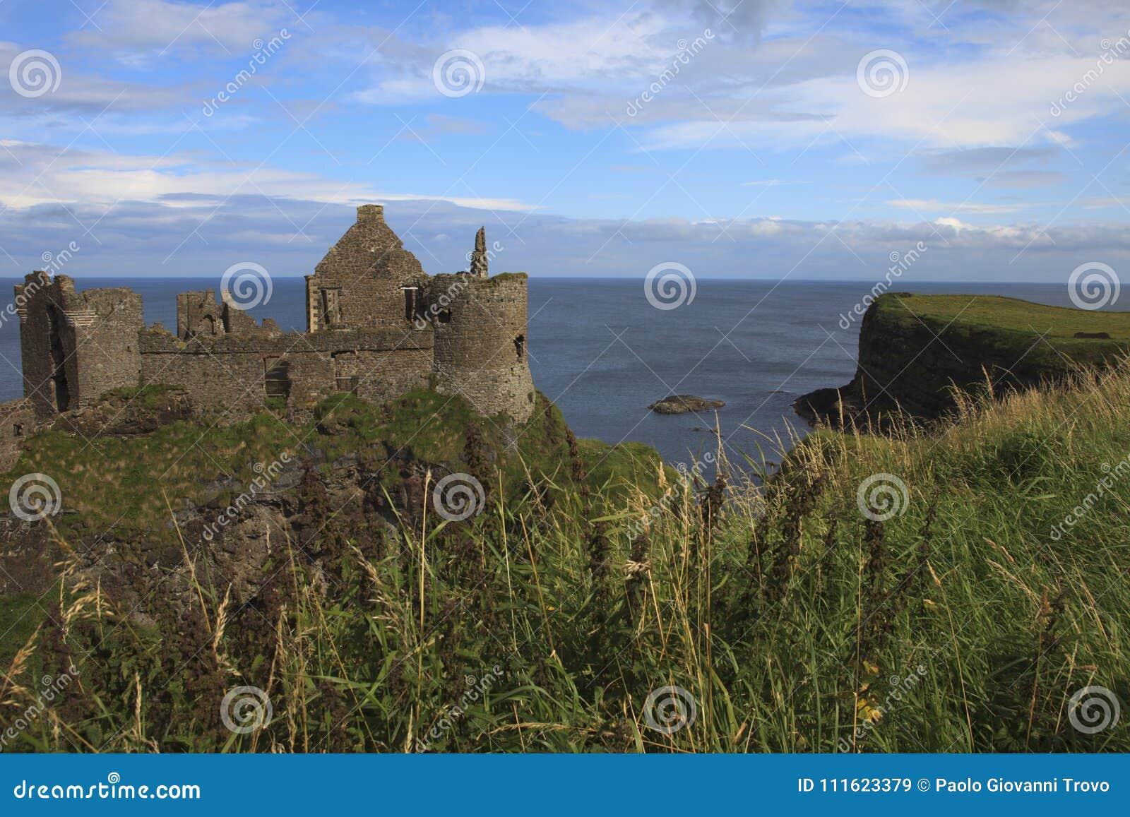 Замок Dunluce