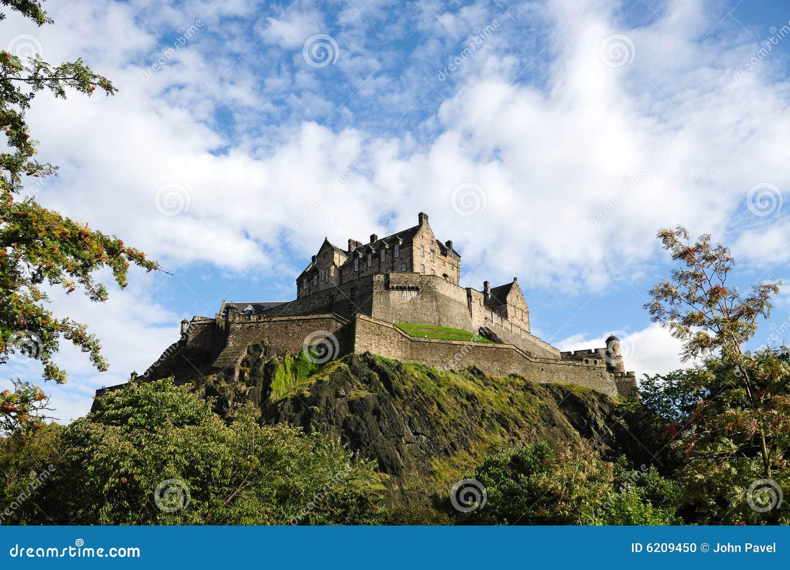 замок edinburgh