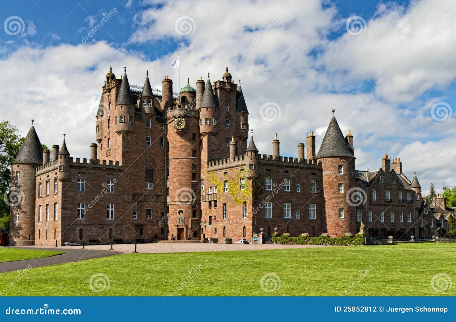 Замок Glamis