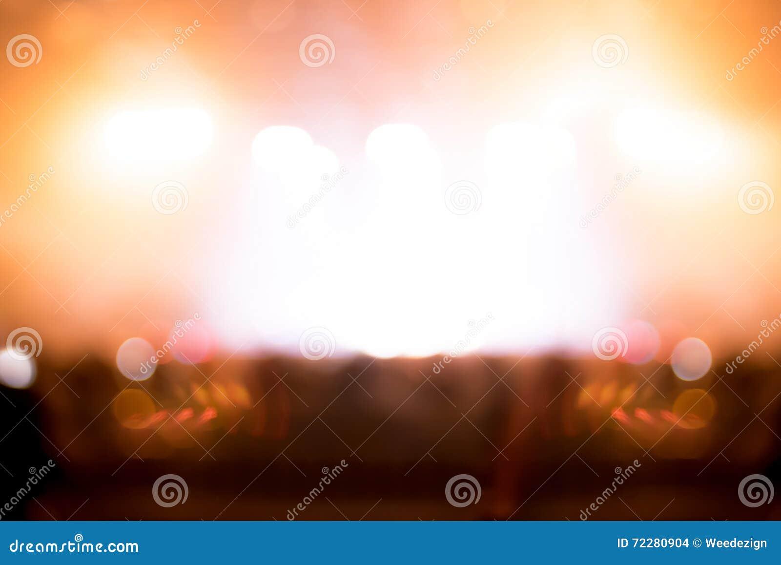 Download Запачканная предпосылка: Освещение Bokeh совместно с аудиторией, Mu Стоковое Фото - изображение насчитывающей лазер, нерезкости: 72280904