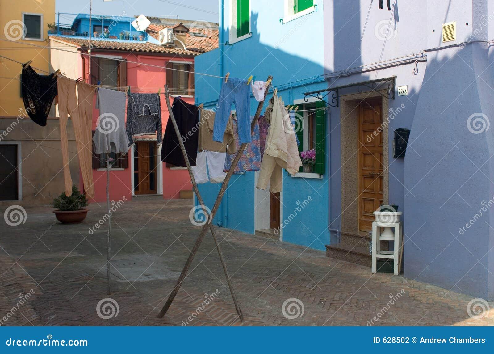 Download запиток venice burano стоковое фото. изображение насчитывающей дом - 628502