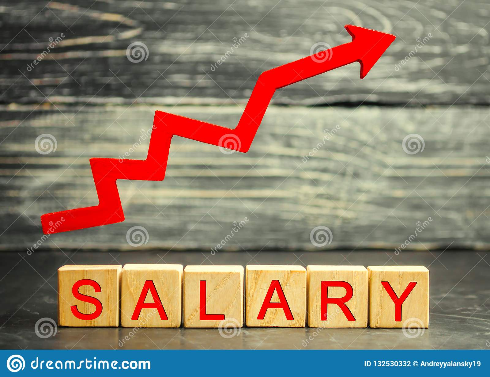Зарплата надписи и красная стрелка вверх Увеличение зарплаты, ставок заработной платы Продвижение, рост карьеры поднимать стандар