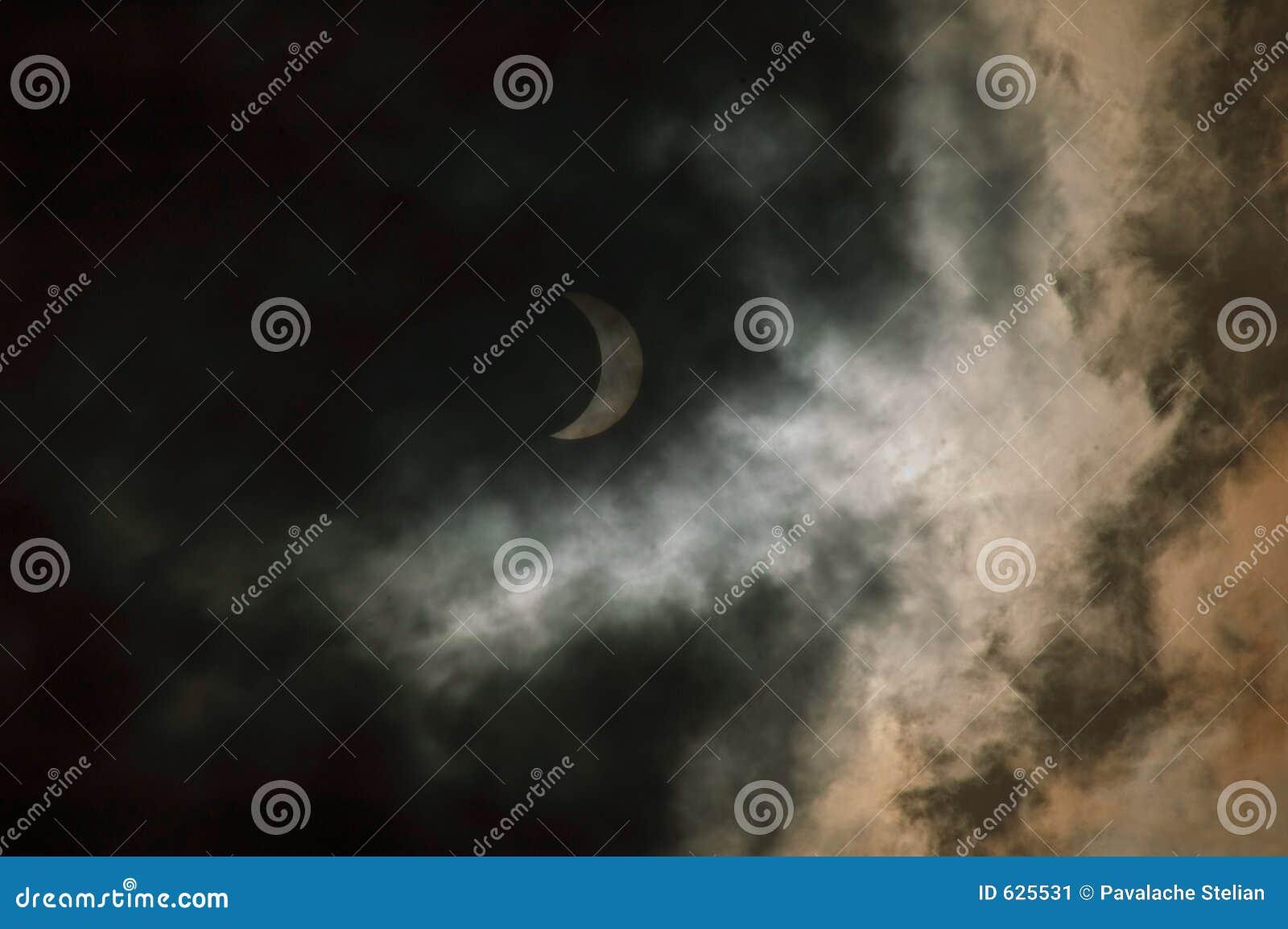 Download затмение стоковое изображение. изображение насчитывающей темно - 625531