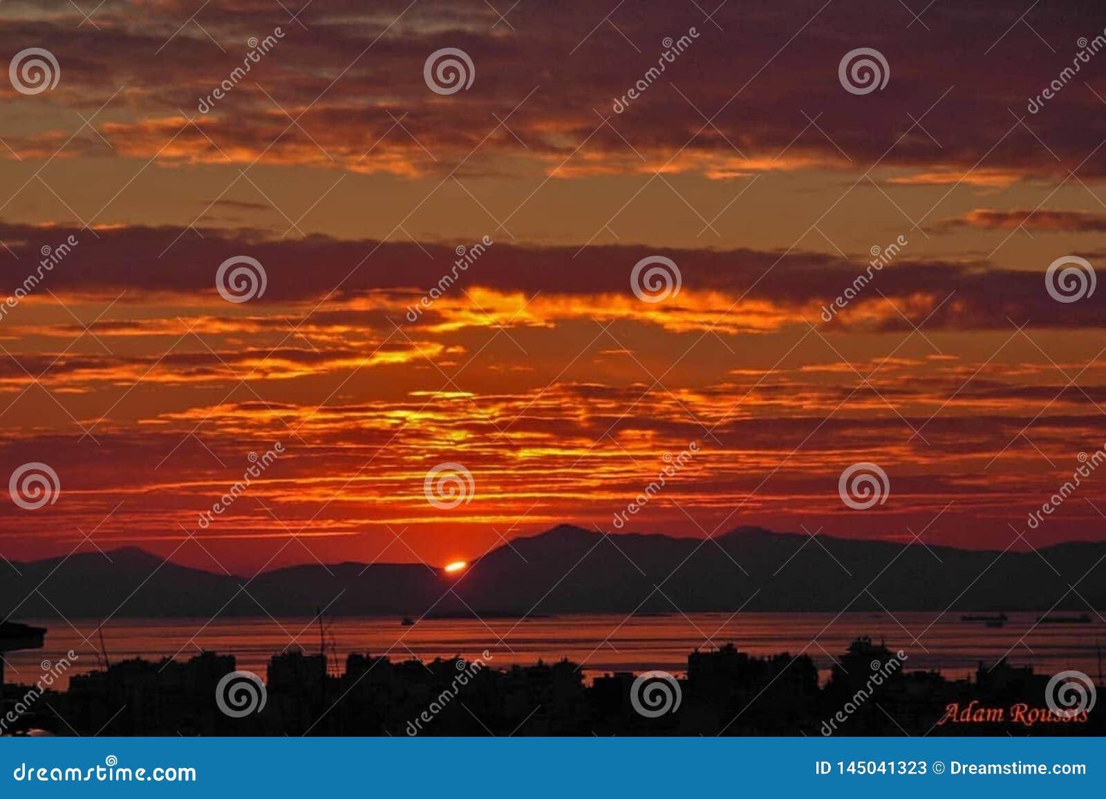 Заходы солнца восходов солнца в океане
