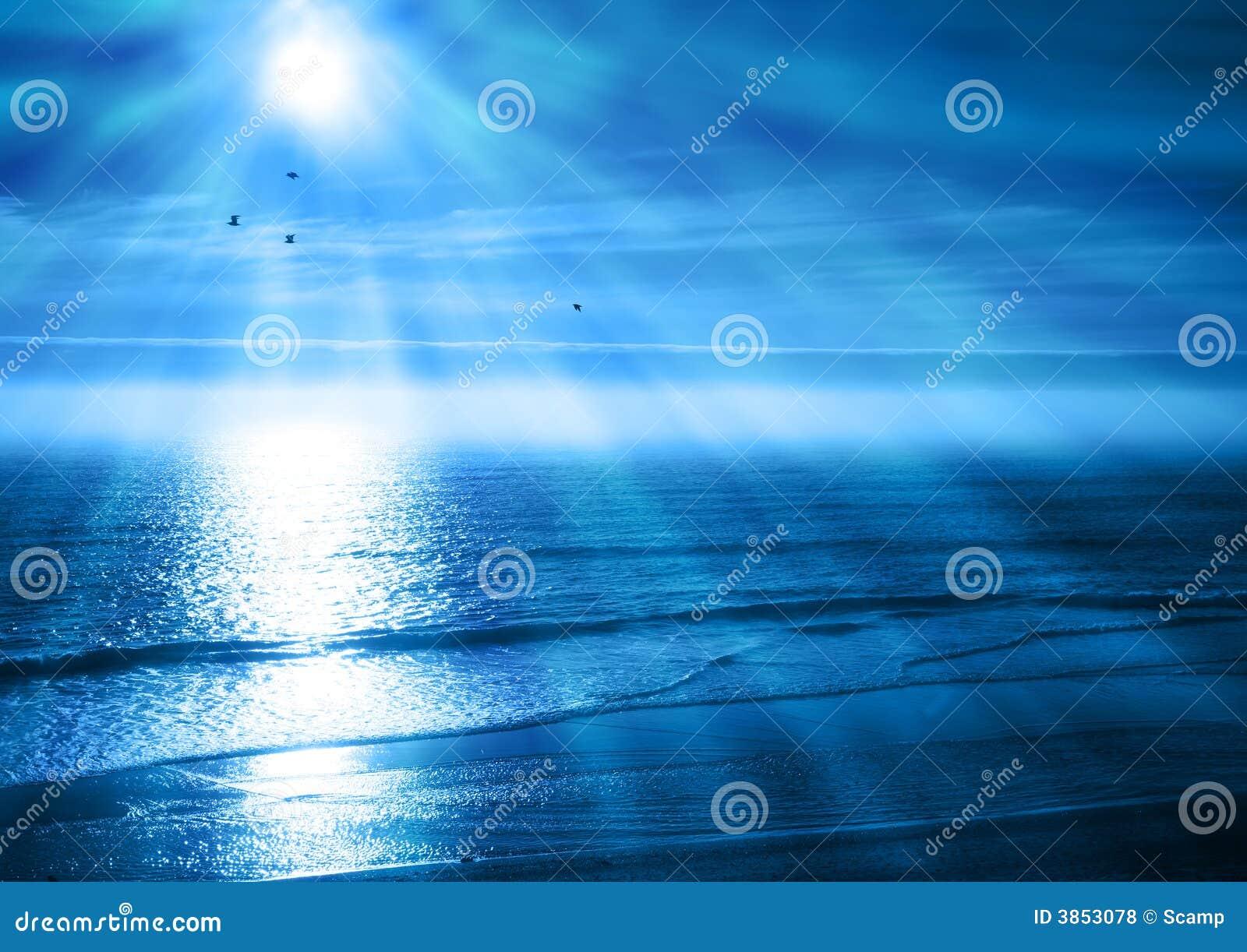 заход солнца голубого океана мирный