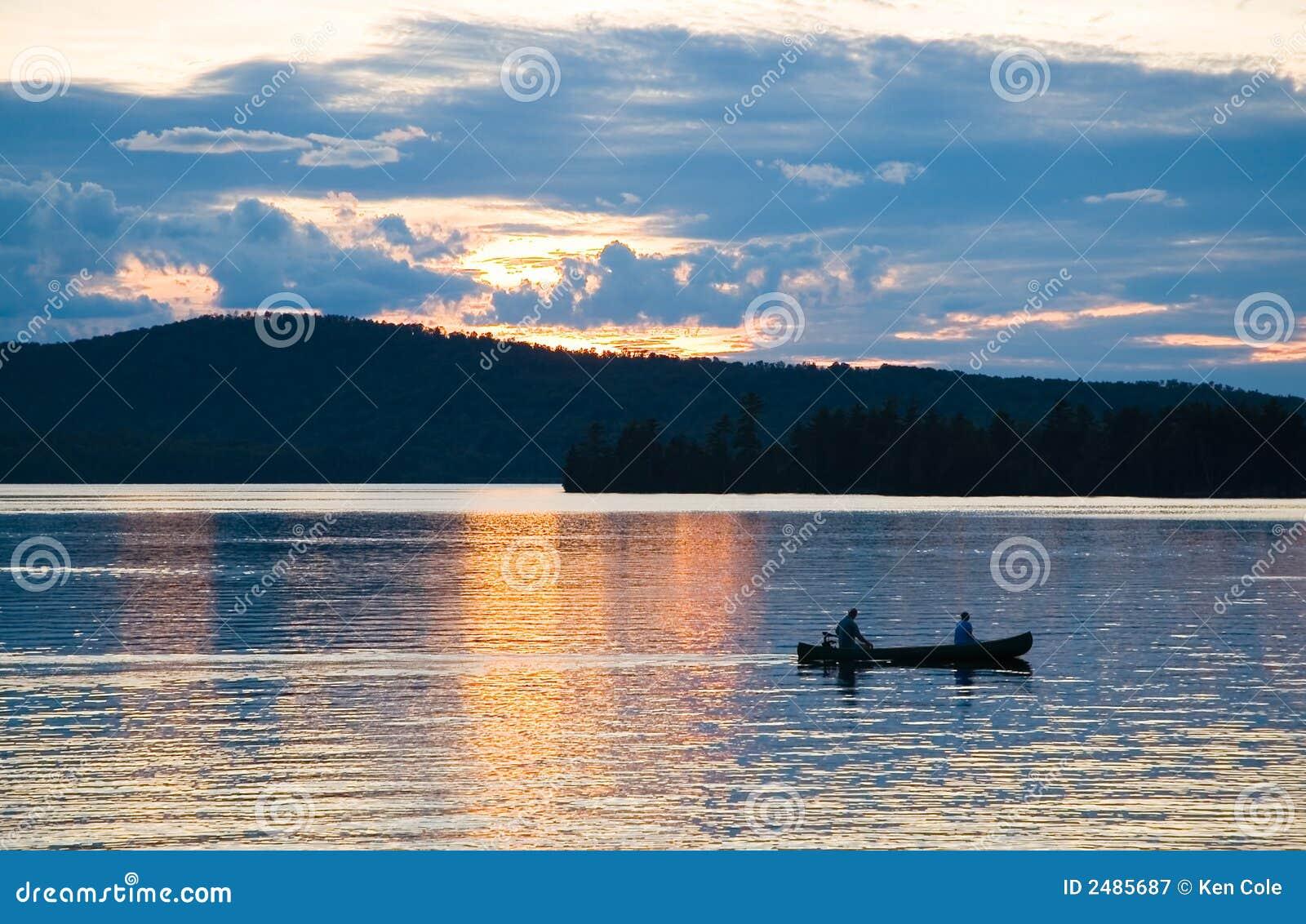 заход солнца озера каня