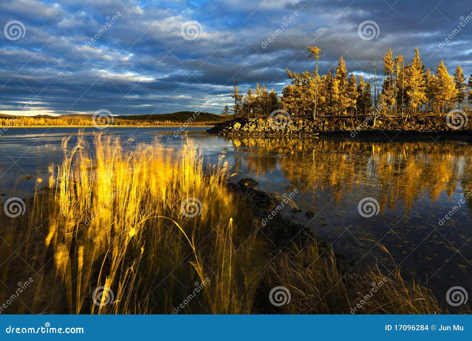 заход солнца озера пущи вниз