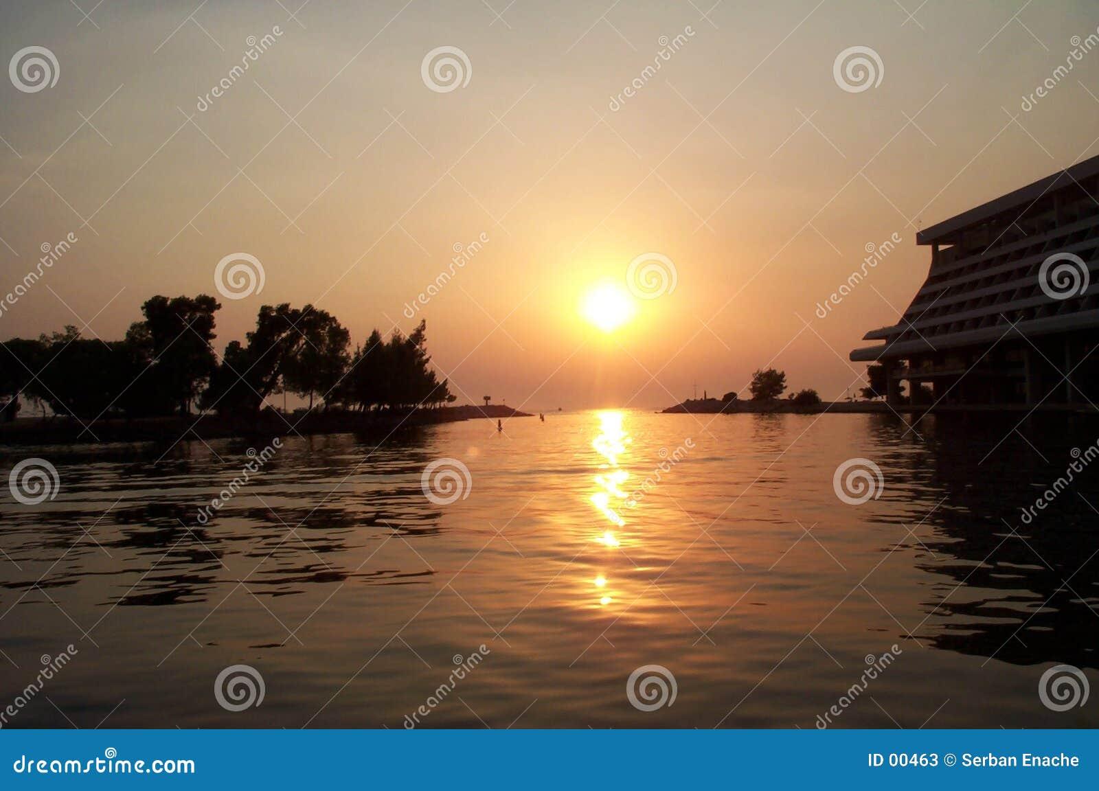 заход солнца осени