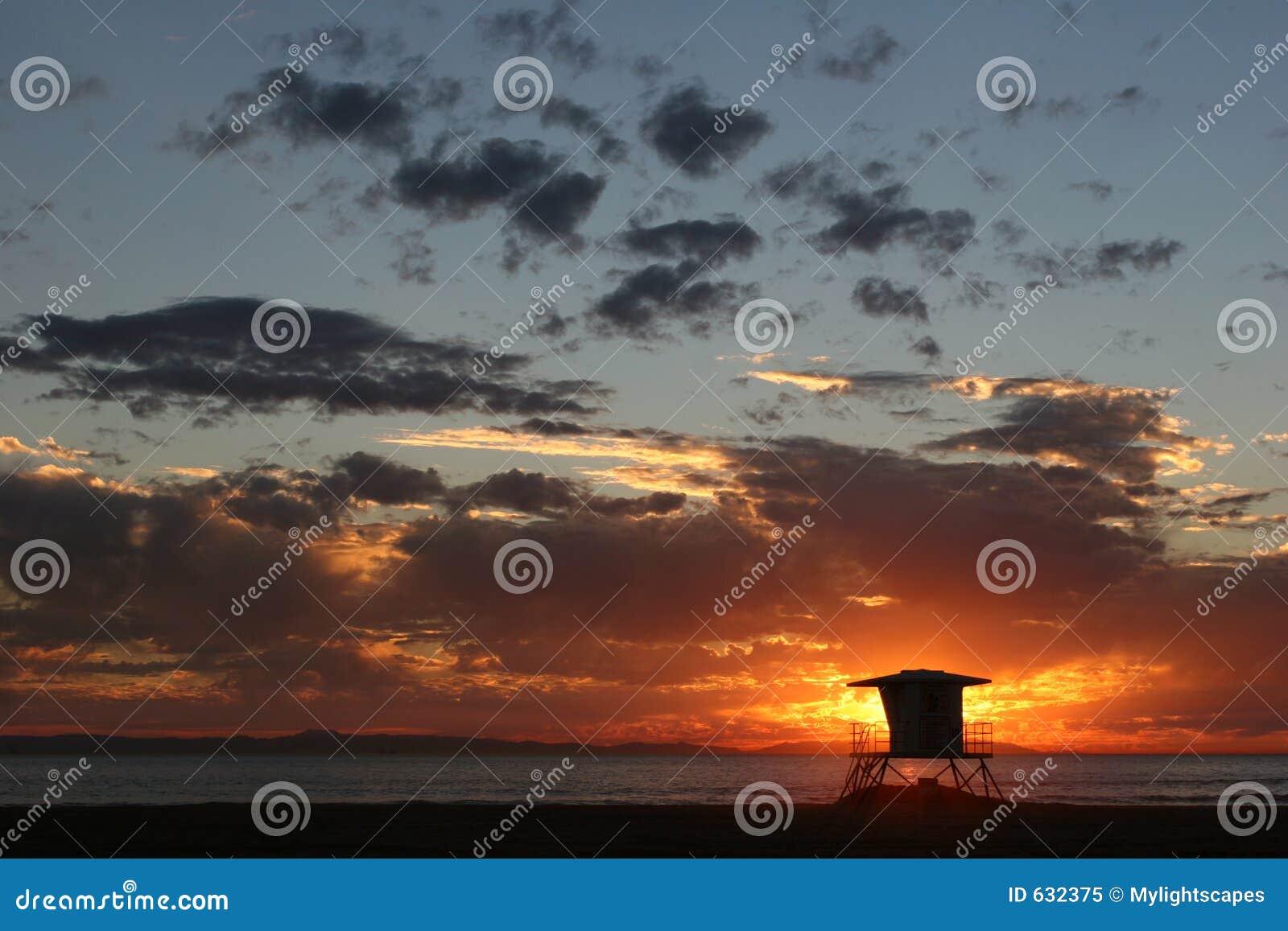 Download заход солнца пляжа стоковое изображение. изображение насчитывающей baxter - 632375