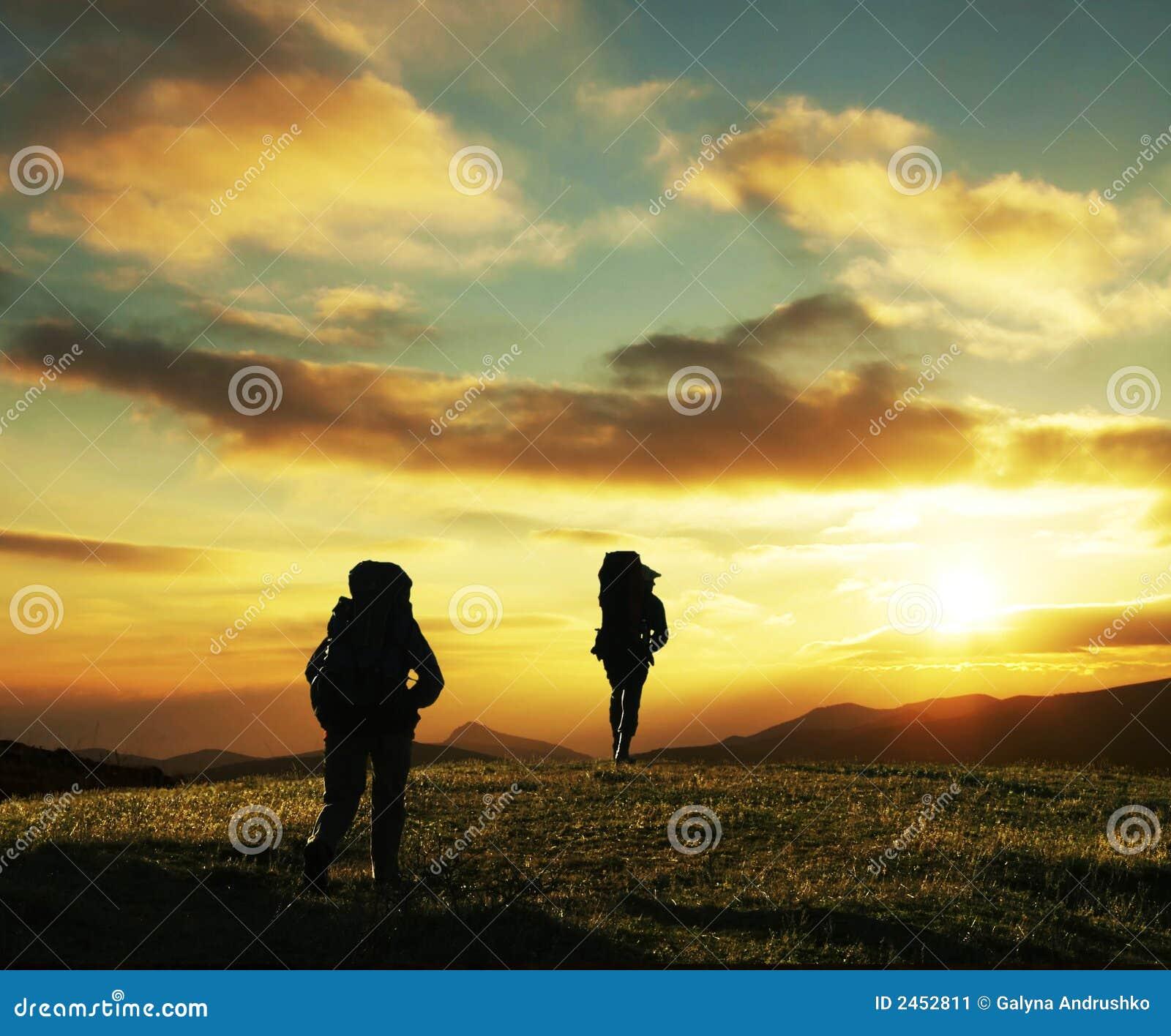 заход солнца похода