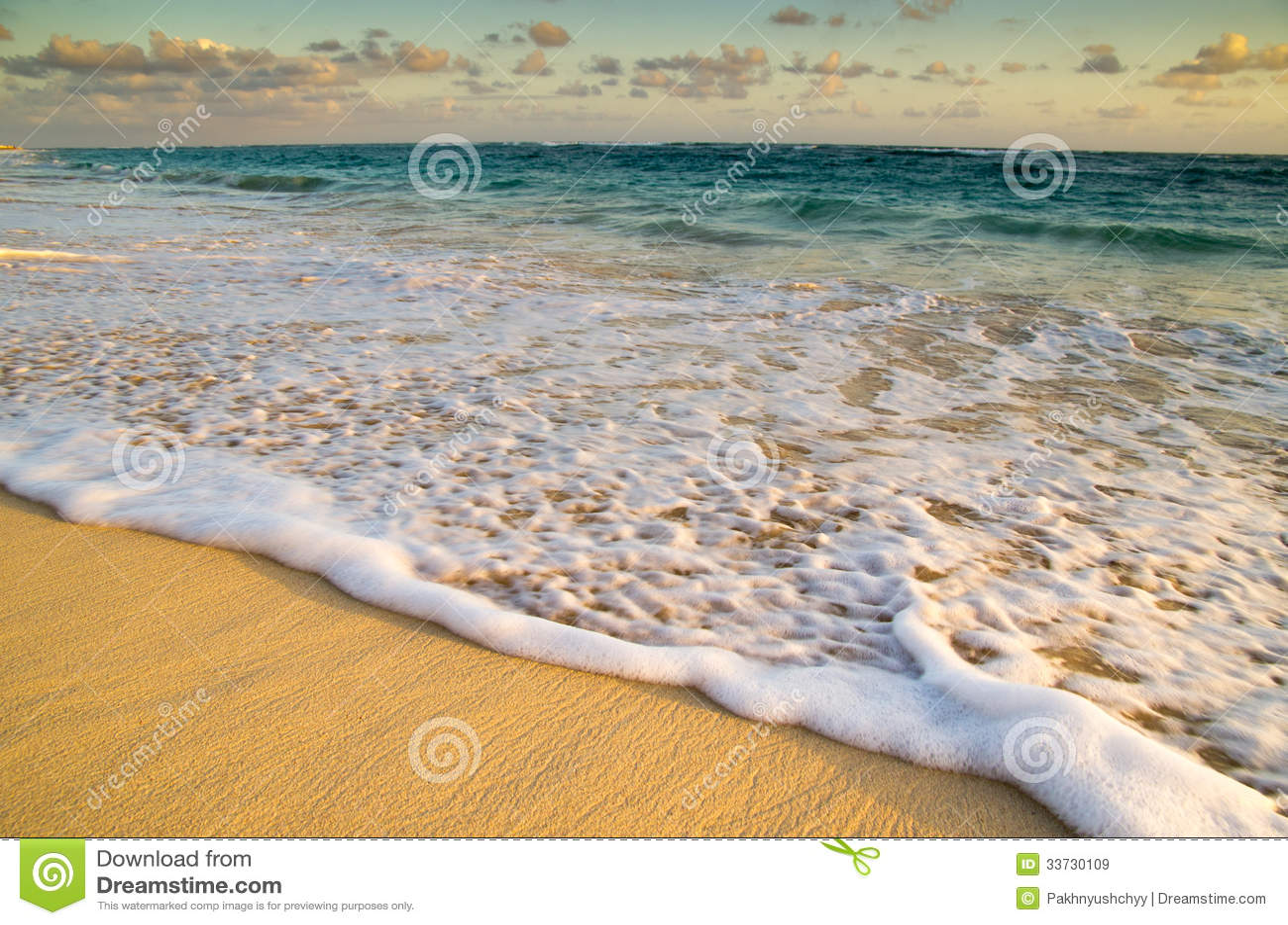 Заход солнца над морем