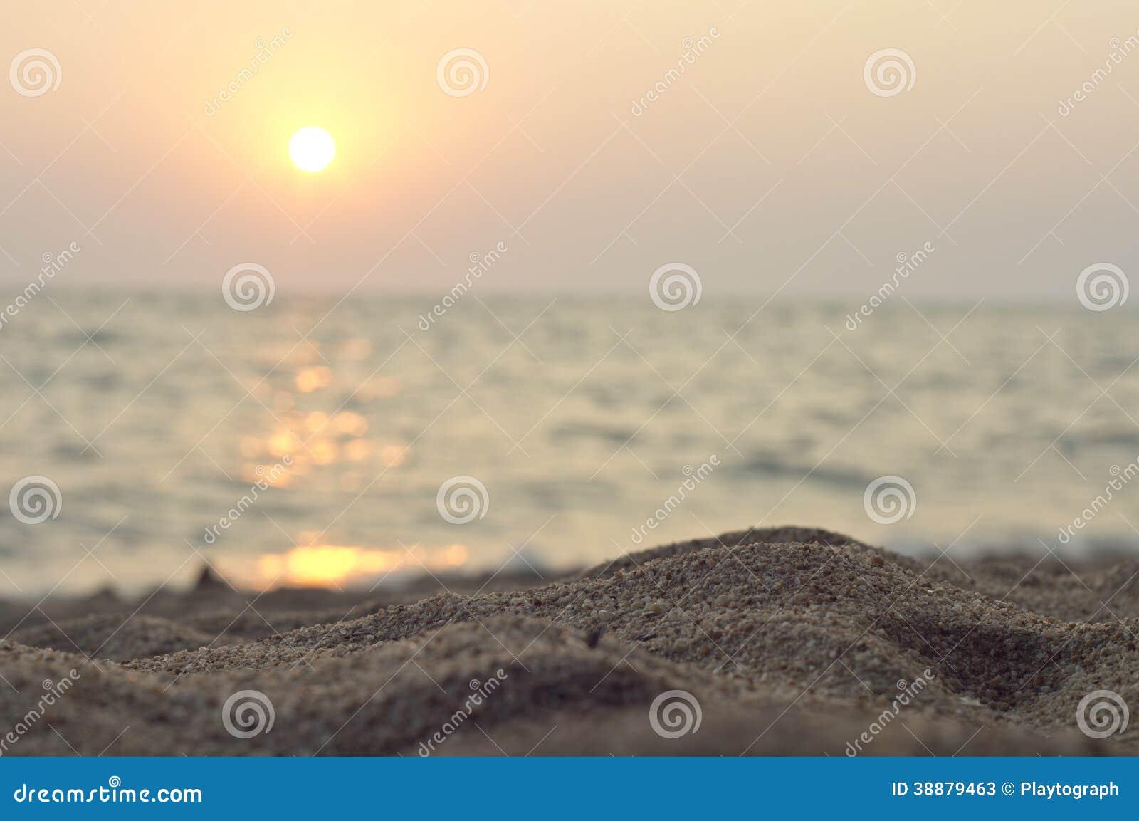Заход солнца на пляже