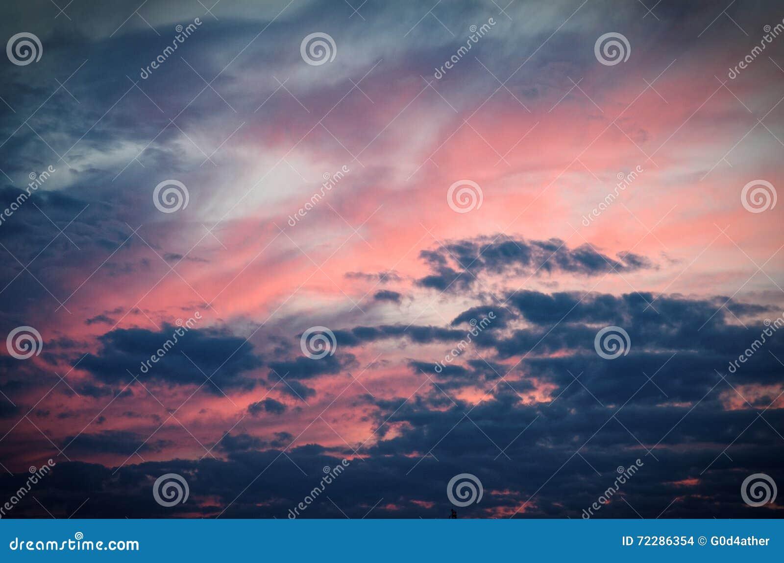 Download Заход солнца стоковое фото. изображение насчитывающей явление - 72286354