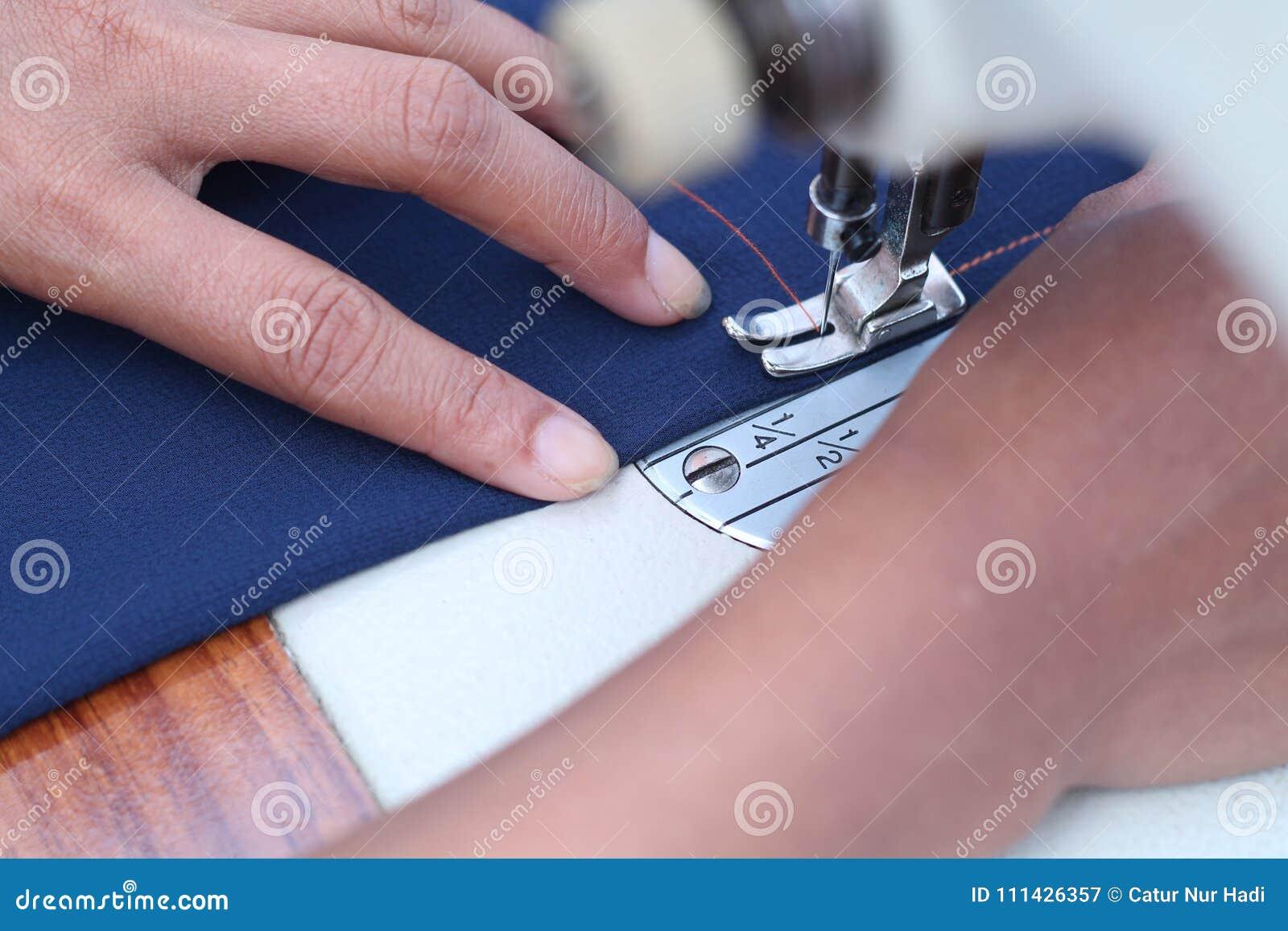 Зашейте в швейной машине, версии 3