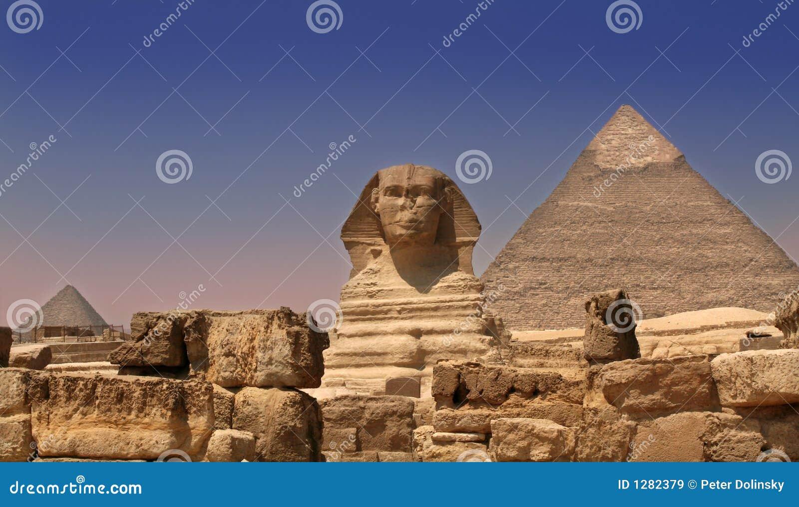защищать сфинкса пирамидки