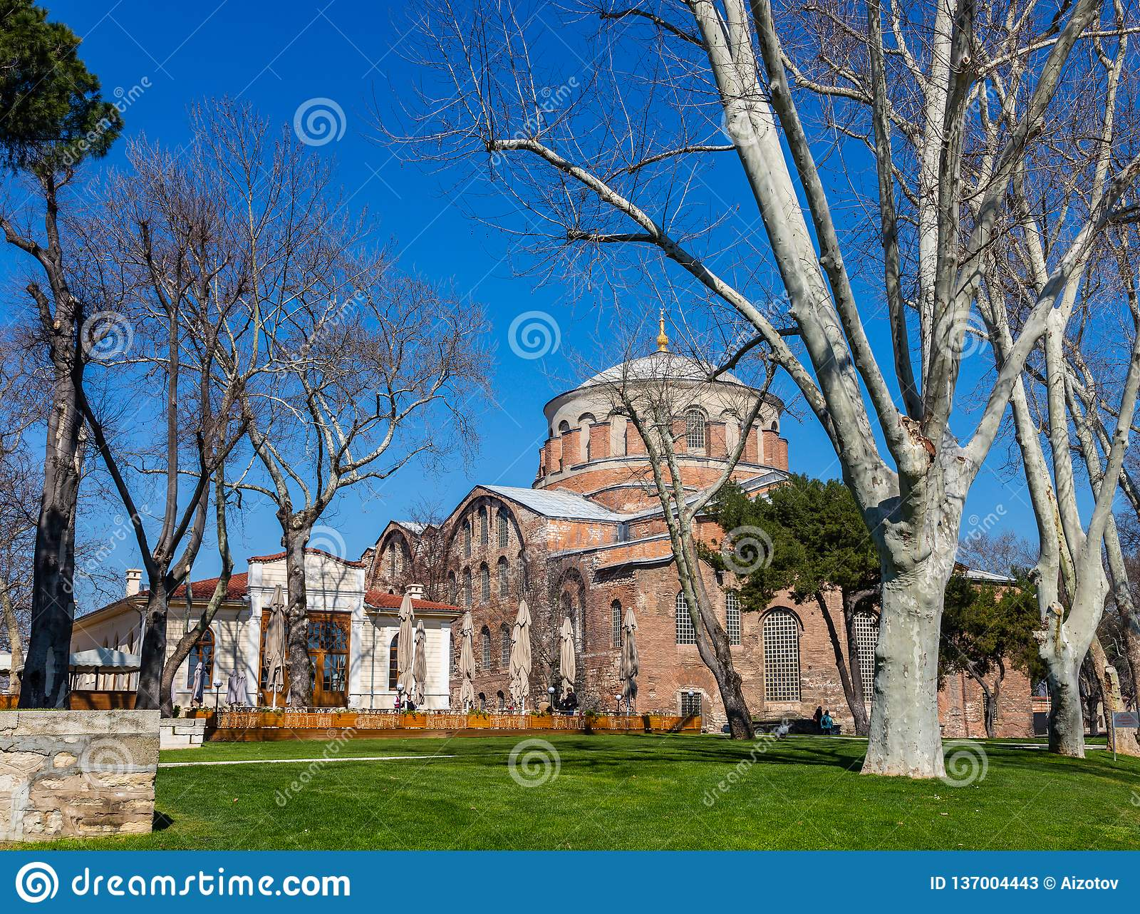 Здание византийской церков St Ирен в Стамбуле, Турции