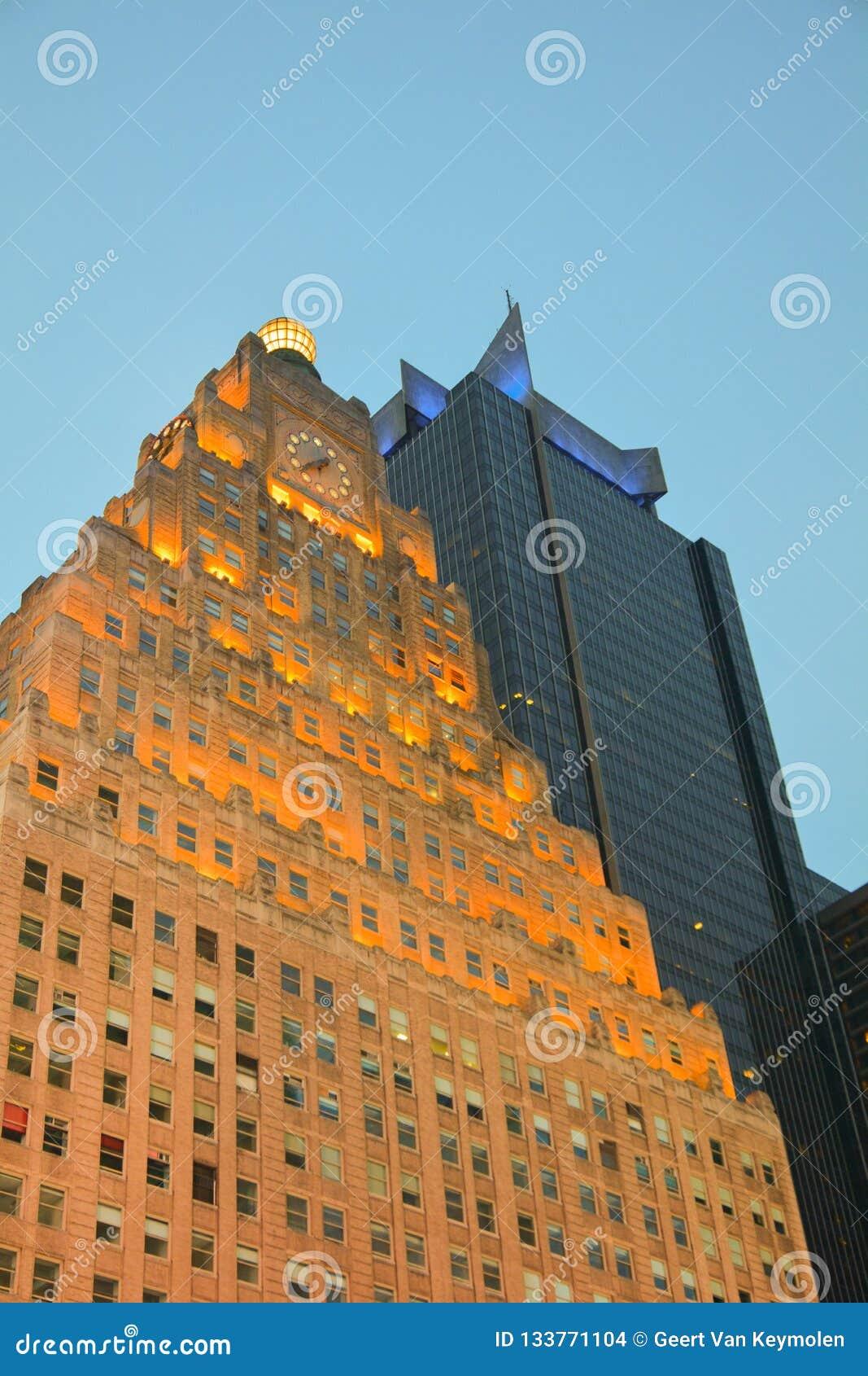 Здание Paramount на Таймс-сквер Нью-Йорке