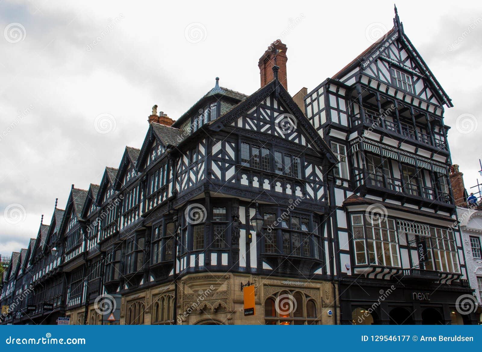 Здания Tudor в Честер, Англии