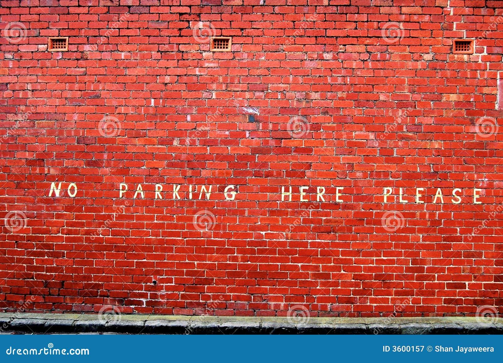 здесь отсутствие стоянкы автомобилей пожалуйста