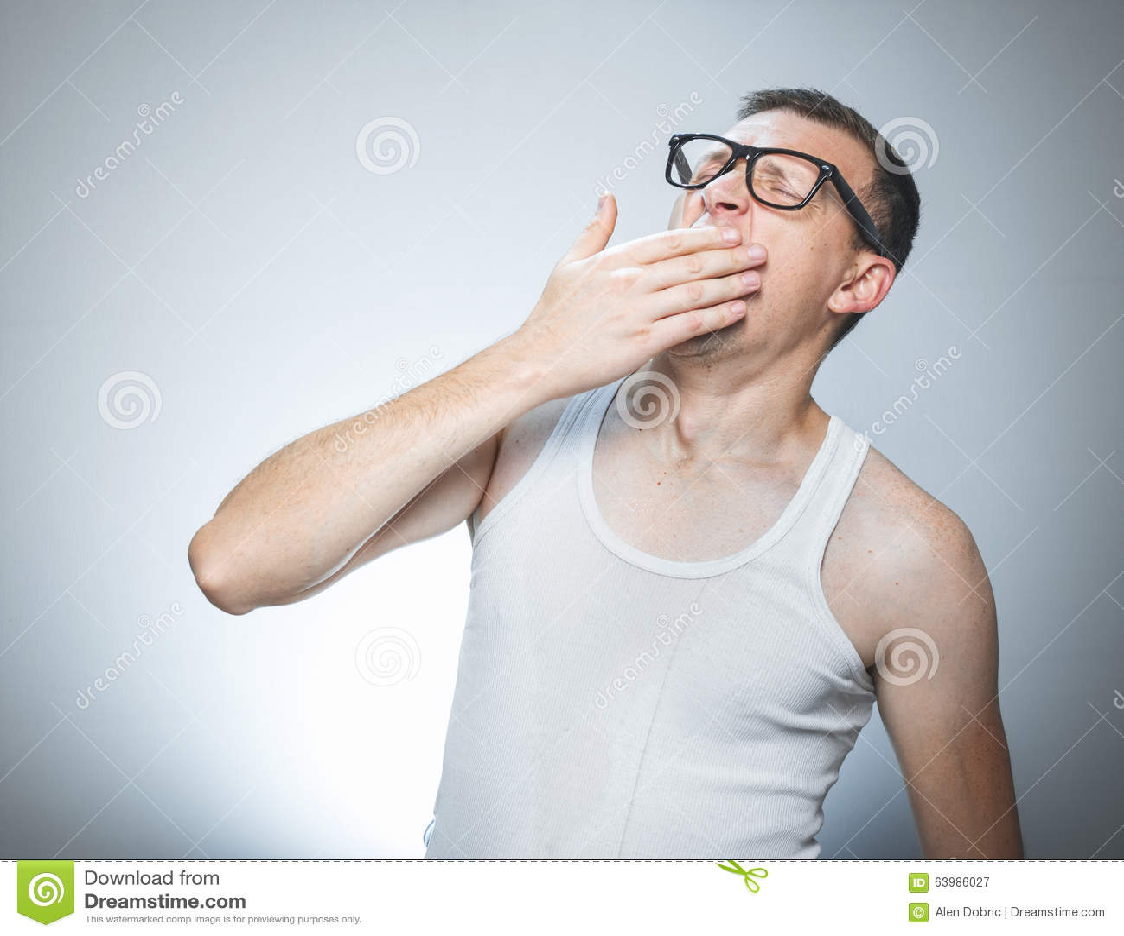 Почему человек зевает и что значит, когда зеваешь