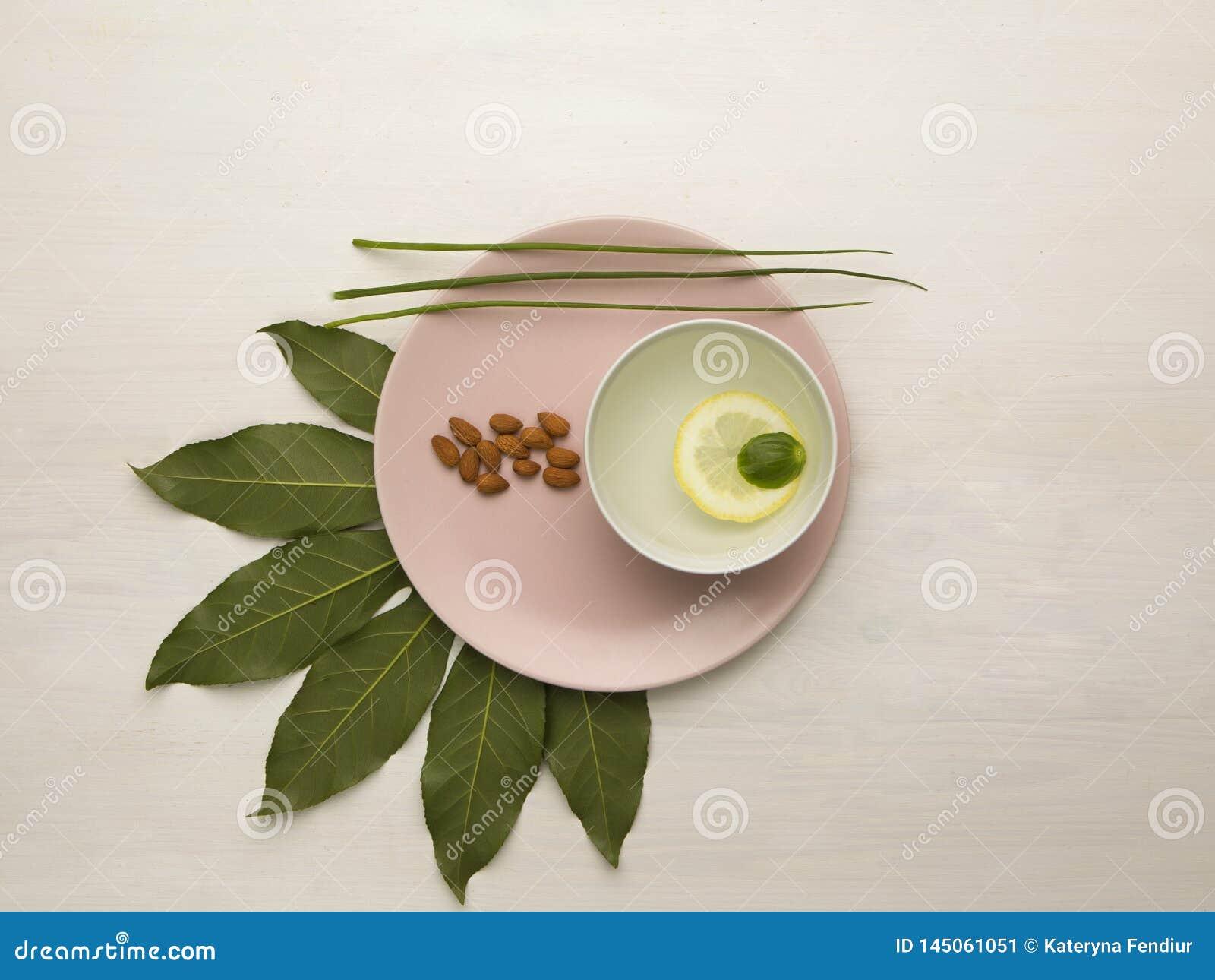 Зеленая природа на таблице