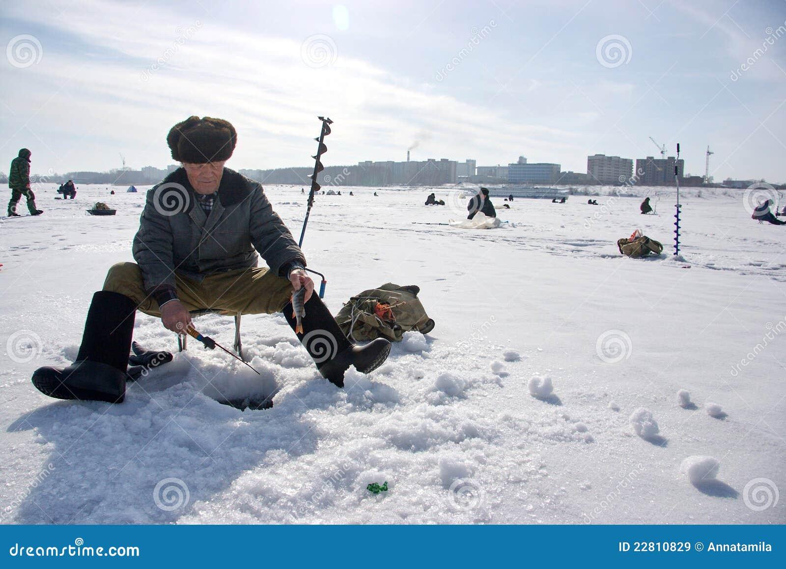 зима рыболовства