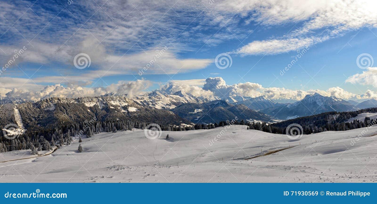 зима Украины горы ландшафта dragobrat