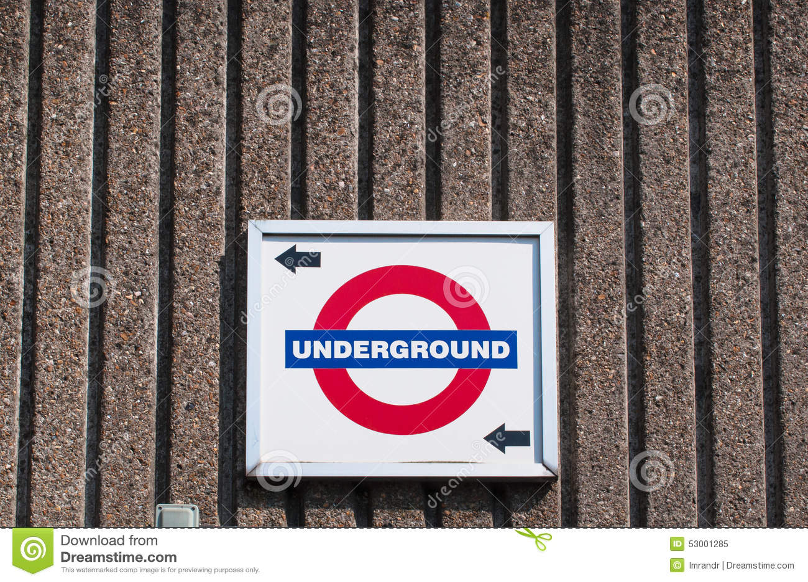 Знак и направление Лондона подземные