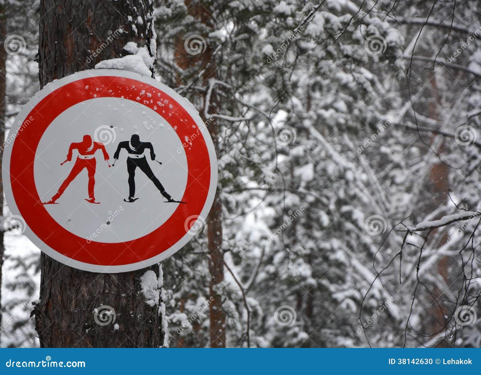 знак лыжников стоковое фото изображение насчитывающей