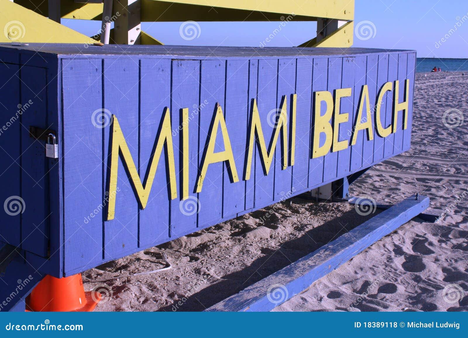 знак miami пляжа