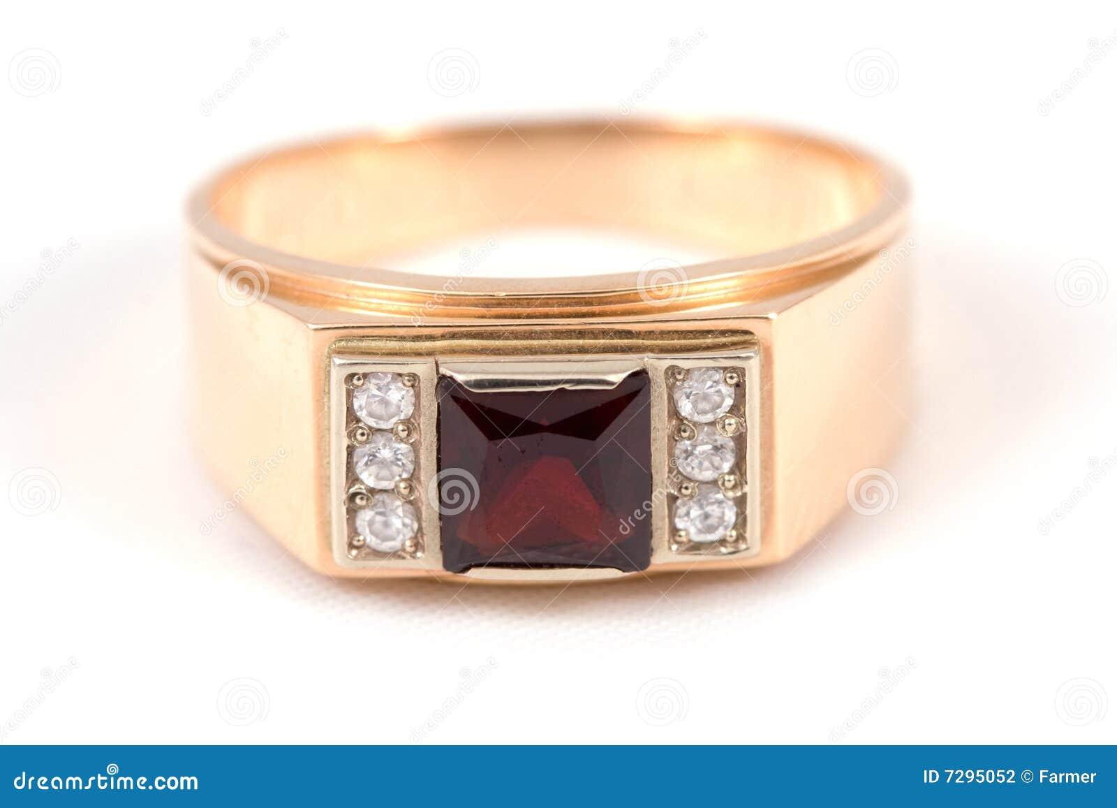 золотистое кольцо