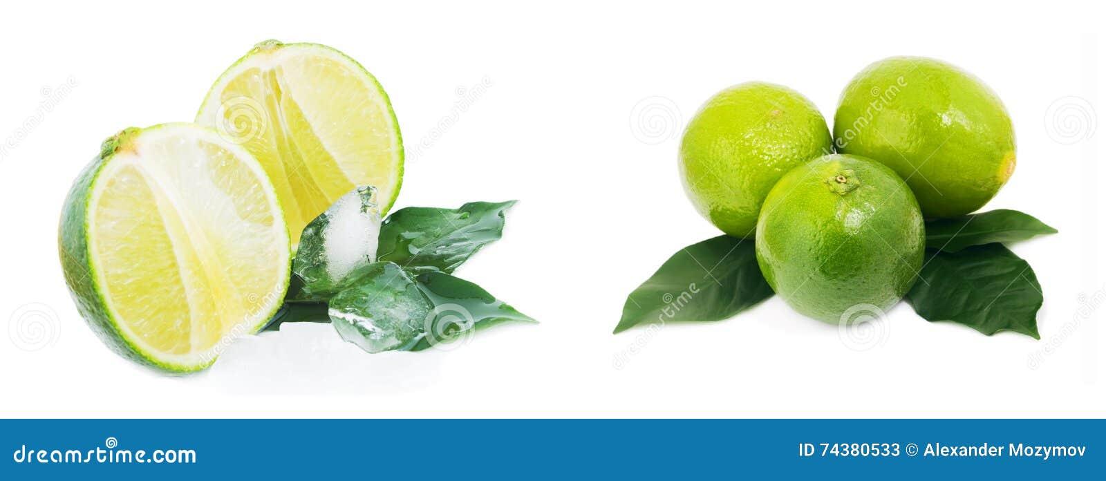 Зрелый плодоовощ при листья и лед известки изолированные на белой предпосылке